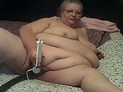 new vid 2 showing off sextoy on my bbw pussy